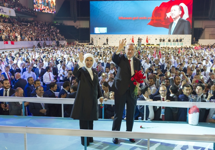 AK Parti kongresine damga vurdu! 22