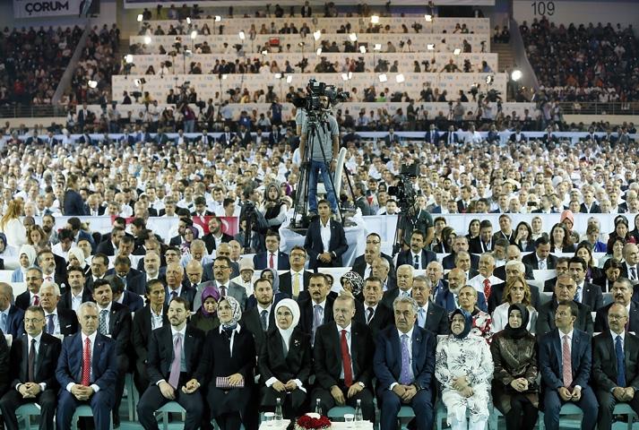 AK Parti kongresine damga vurdu! 30