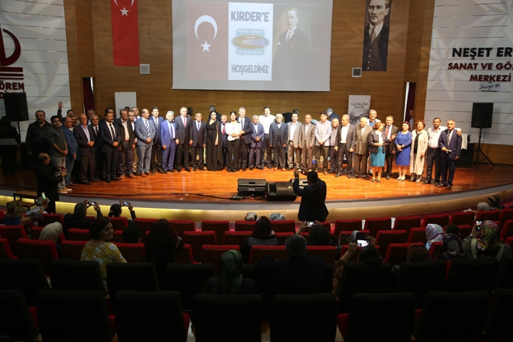 Kırşehirliler 'Ustaya Saygı' gecesinde buluştu 5