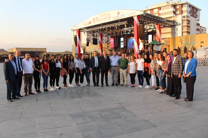 Kırşehirliler Etimesgut'u salladı 8