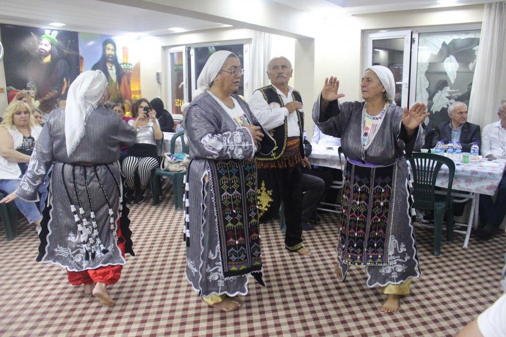 Türkmen Alevi Bektaşi Vakfı aşurede buluşturdu 10