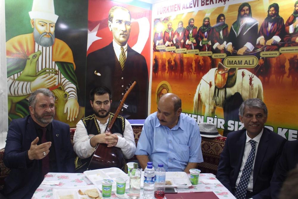 Türkmen Alevi Bektaşi Vakfı aşurede buluşturdu 6