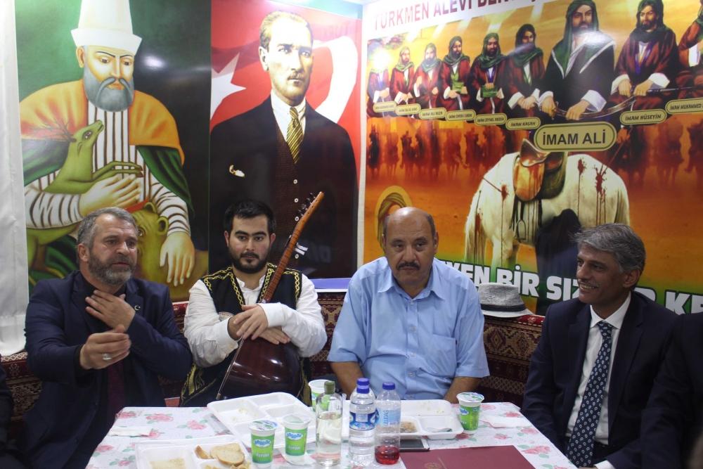 Türkmen Alevi Bektaşi Vakfı aşurede buluşturdu 7