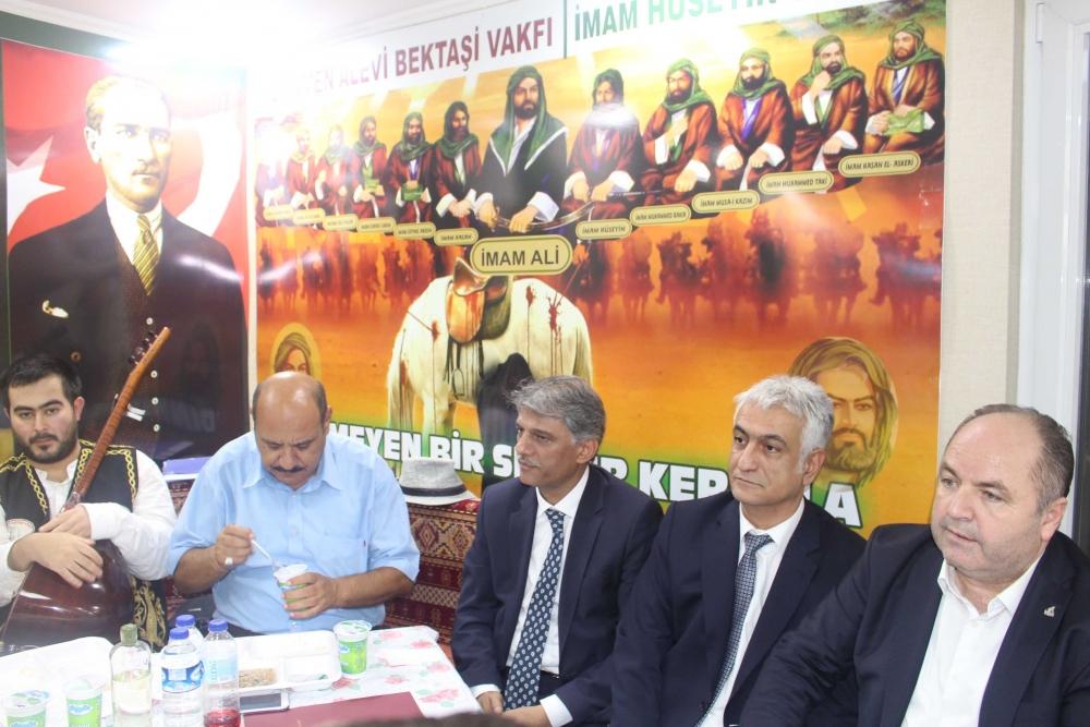 Türkmen Alevi Bektaşi Vakfı aşurede buluşturdu 8
