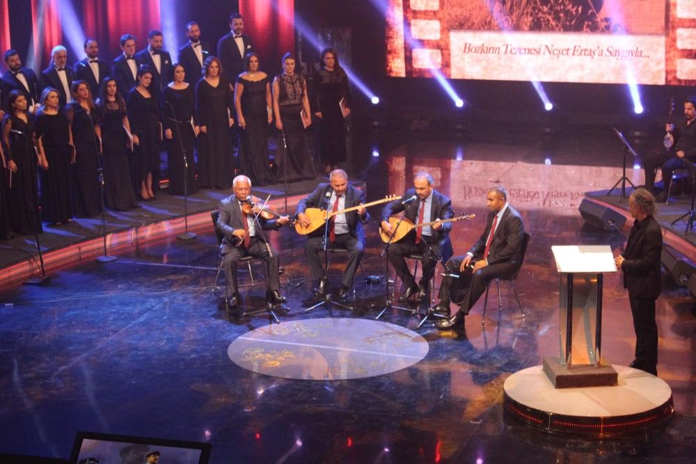 TRT'de Neşet Ertaş sesleri 7