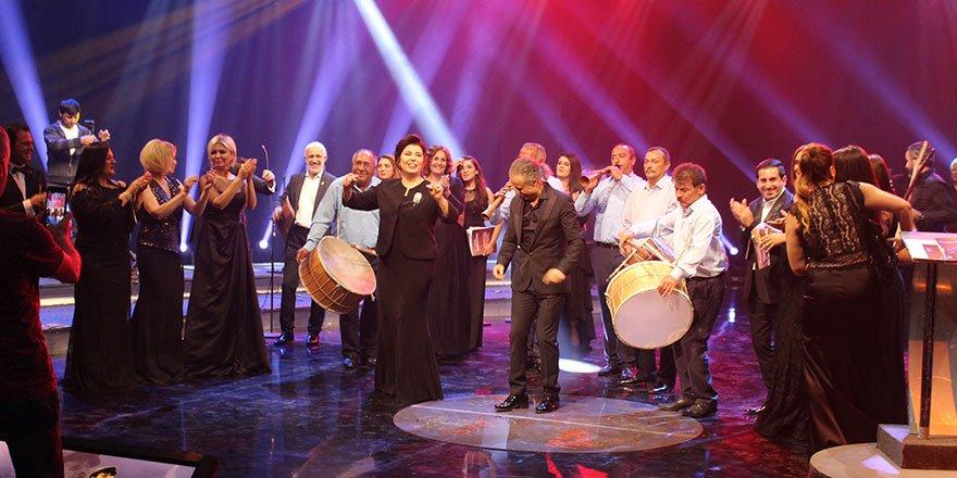 TRT'de Neşet Ertaş sesleri
