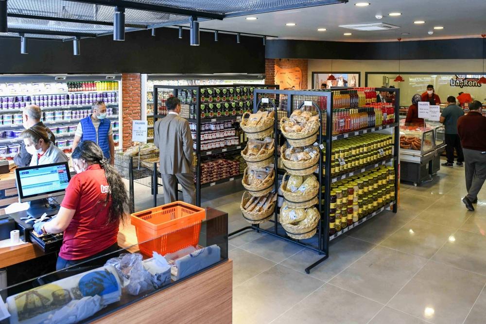 Etimesgut'ta Başkent Market açıldı 1