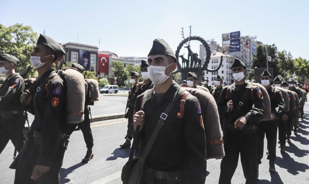 """Başkent'te """"Zafer Yürüyüşü"""" 1"""