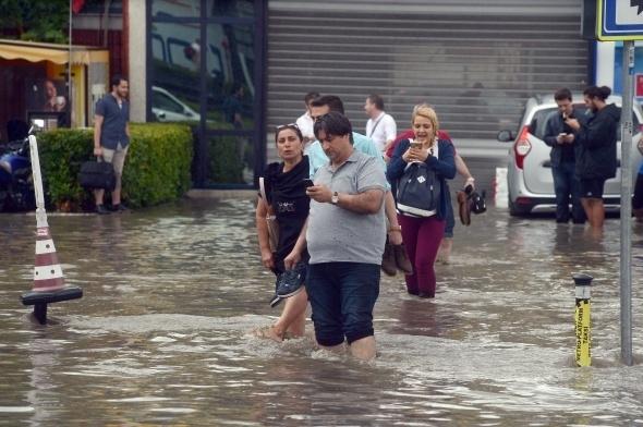 İstanbul'dan sel manzaraları 12
