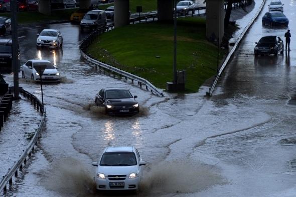 İstanbul'dan sel manzaraları 16