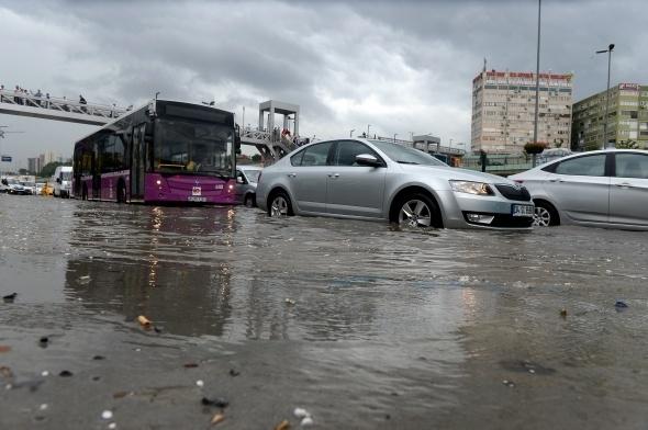 İstanbul'dan sel manzaraları 18