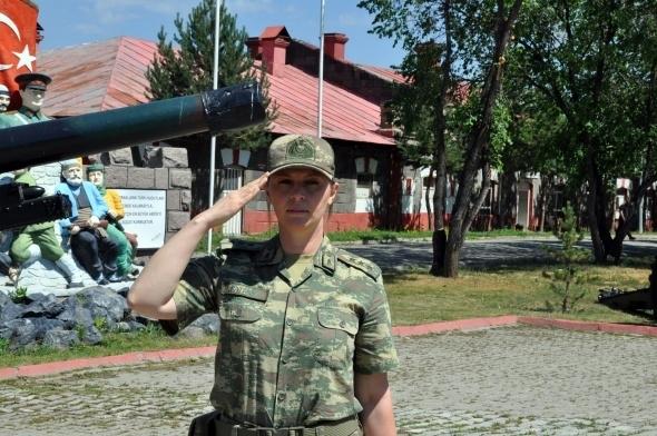 Sınırı bekleyen kadın askerler 2