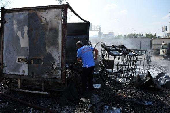 Başkent'te 7 araç yandı 10