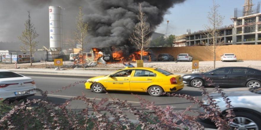 Başkent'te 7 araç yandı