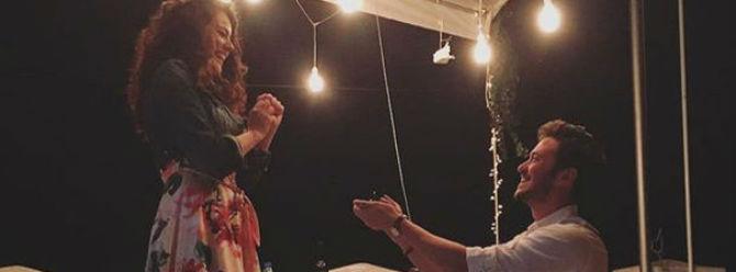 Oyuncu çift evleniyor