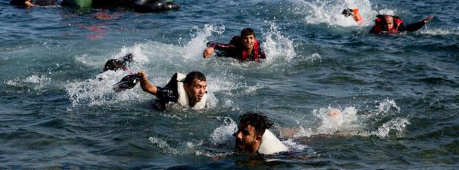 Akdeniz'de yine göçmen faciası: 400 kişi boğuldu