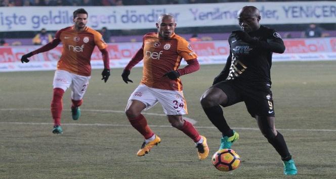 Osmanlıspor Galatasaray'ı konuk etti