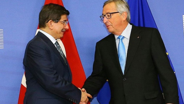 Başbakan Davutoğlu, AKPM Başkanı Agramunt ile bir araya geldi