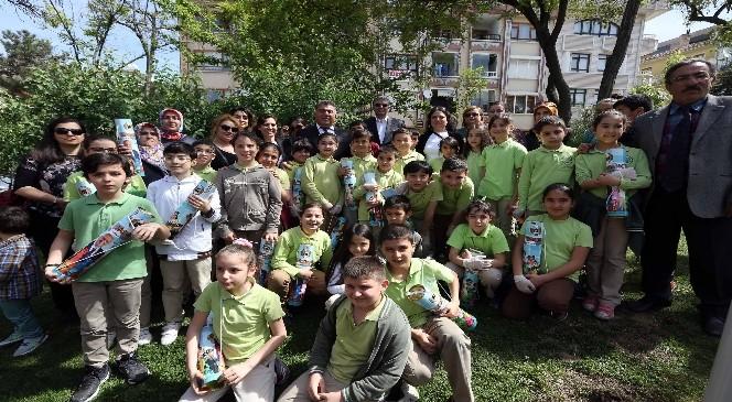 Barbaros Parkı'na Çocuk Eli Değdi