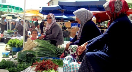 İnsanı ve ürünleri organik 700 yıllık pazar haberi