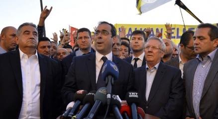 Fenerbahçe yönetimi ve taraftarlar Çağlayan adliyesinde haberi