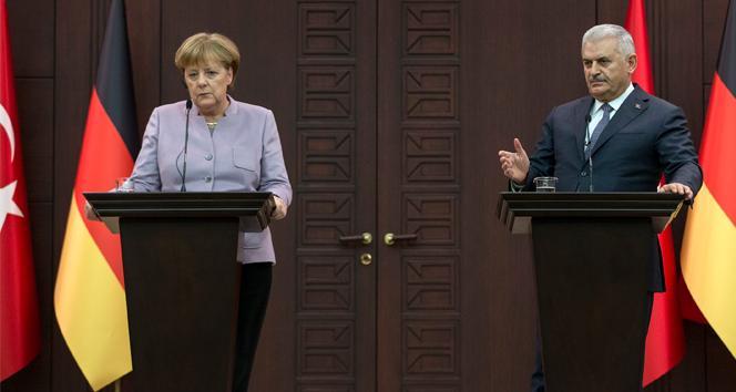 Başbakan Yıldırım ve Merkel'den Kılıçdaroğlu'nun o iddiasına cevap
