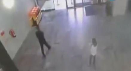 Alışveriş merkezinde korkunç olay ! haberi