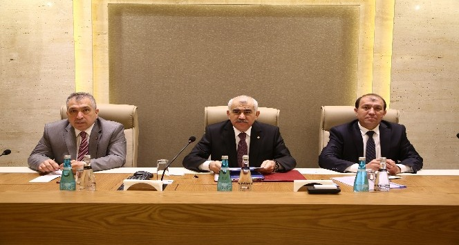 ATO Özbekistan'la ticareti ikiye katlamak istiyor