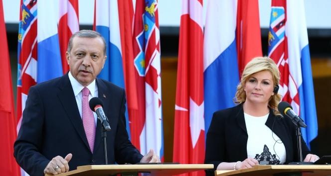 Erdoğan: 'Meclis Başkanı kendi kanaatlerini ortaya koymuştur'