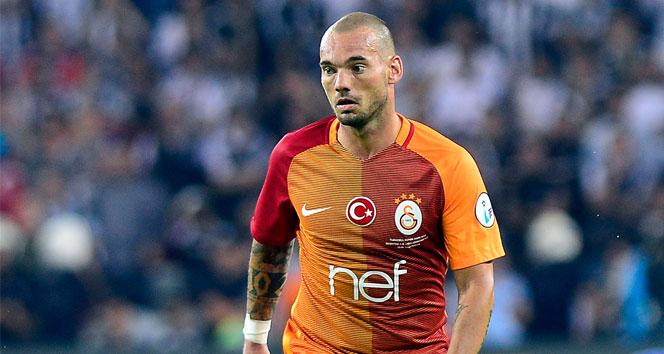 Sneijder: 'Türkiye'den ayrılmayı düşünmüyorum'
