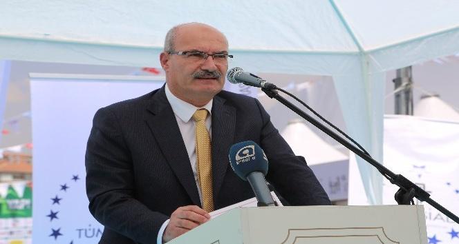 ATO Başkanı Gürsel  Baran 'Yapı Bazaar' açılışına katıldı