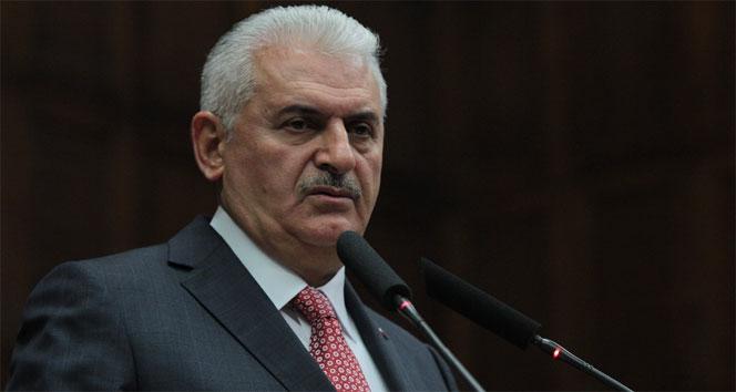 Başbakan Yıldırım, Şampiyon Beşiktaş'ı kutladı