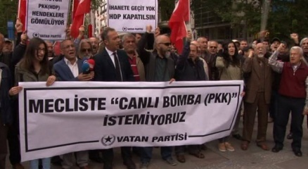 Başkent'te HDP protestosu: 'Meclis'te canlı bomba istemiyoruz'
