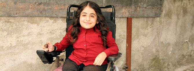 Cam kemik hastası Esra'nın azmi