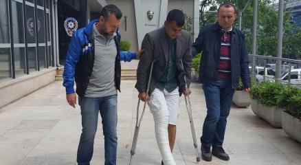 Telefon dolandırıcısı tellak kaçarken ayağını kırdı haberi