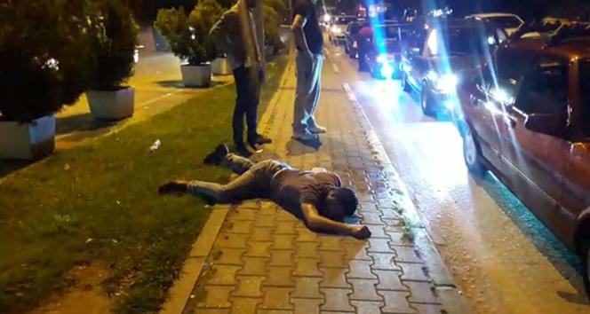 Bursa'da uyuşturucu kullanan bir genç cadde ortasında komaya girdi