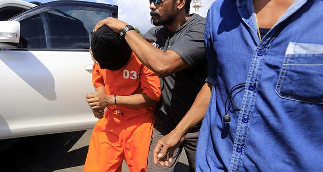 Endonezya'da cezaevinden kaçan 2 mahkum yakalandı