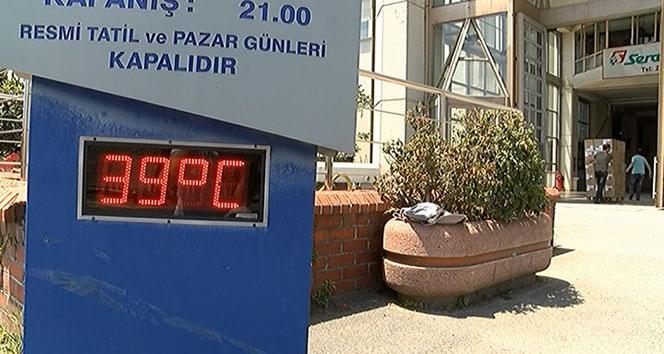 İstanbul'da termometreler '39' dereceyi gösterdi