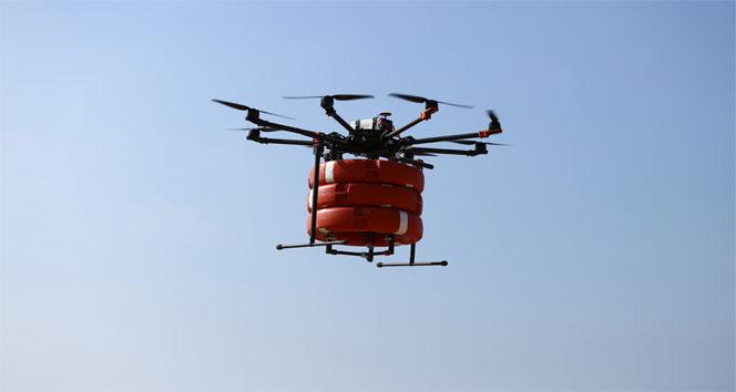 İstanbul sahillerinde cankurtaran drone iş başında