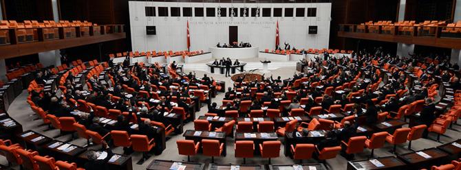 AK Parti'den 'partili cumhurbaşkanlığı' teklifi geliyor
