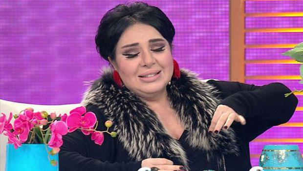 Gece Saatlerinde Fenalaşan Nur Yerlitaş, Hastaneye Kaldırıldı