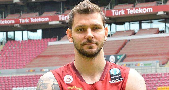 Micov, Galatasaray'a veda etti