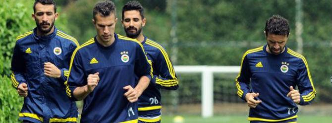 Fenerbahçeli futbolculardan zam talebi!