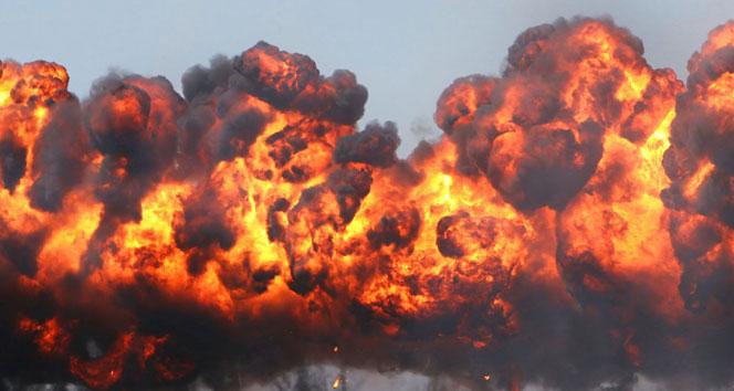 Afganistan'da bombalı araçla saldırı: 35 ölü