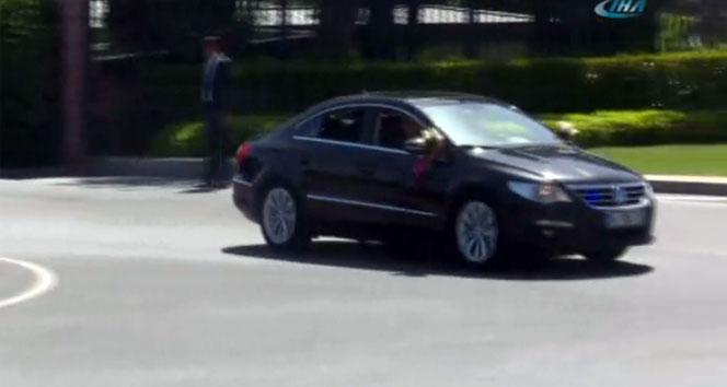 Gelin arabası Huber Köşkü'nden ayrıldı