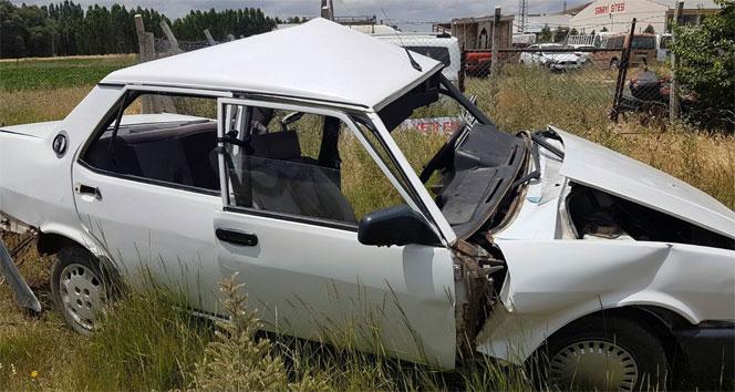 Sivas'ta askeri araç ile otomobil çarpıştı: 1 ölü, 4 yaralı