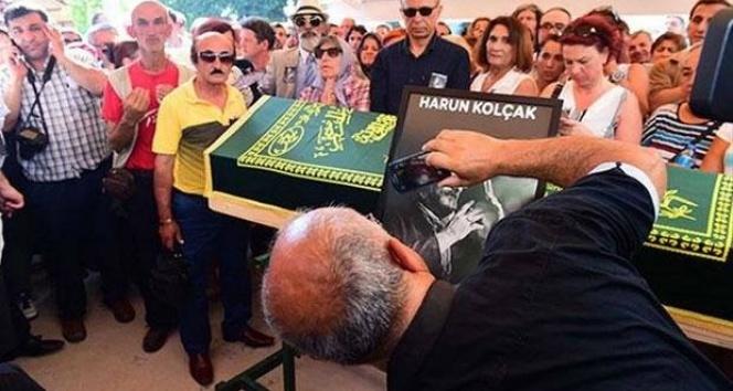 Harun Kolçak'ın cenazesinde selfie şoku!