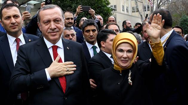 CFSA'dan Emine Erdoğan'a plaket