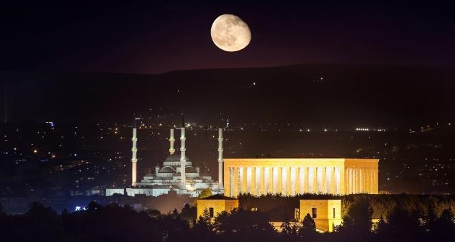 Anıtkabir, 22:00'ye kadar açık
