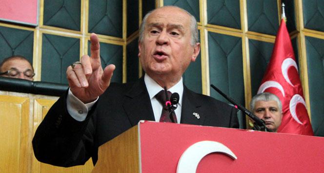 Bahçeli'den Genelkurmay Başkanı Akar'a destek